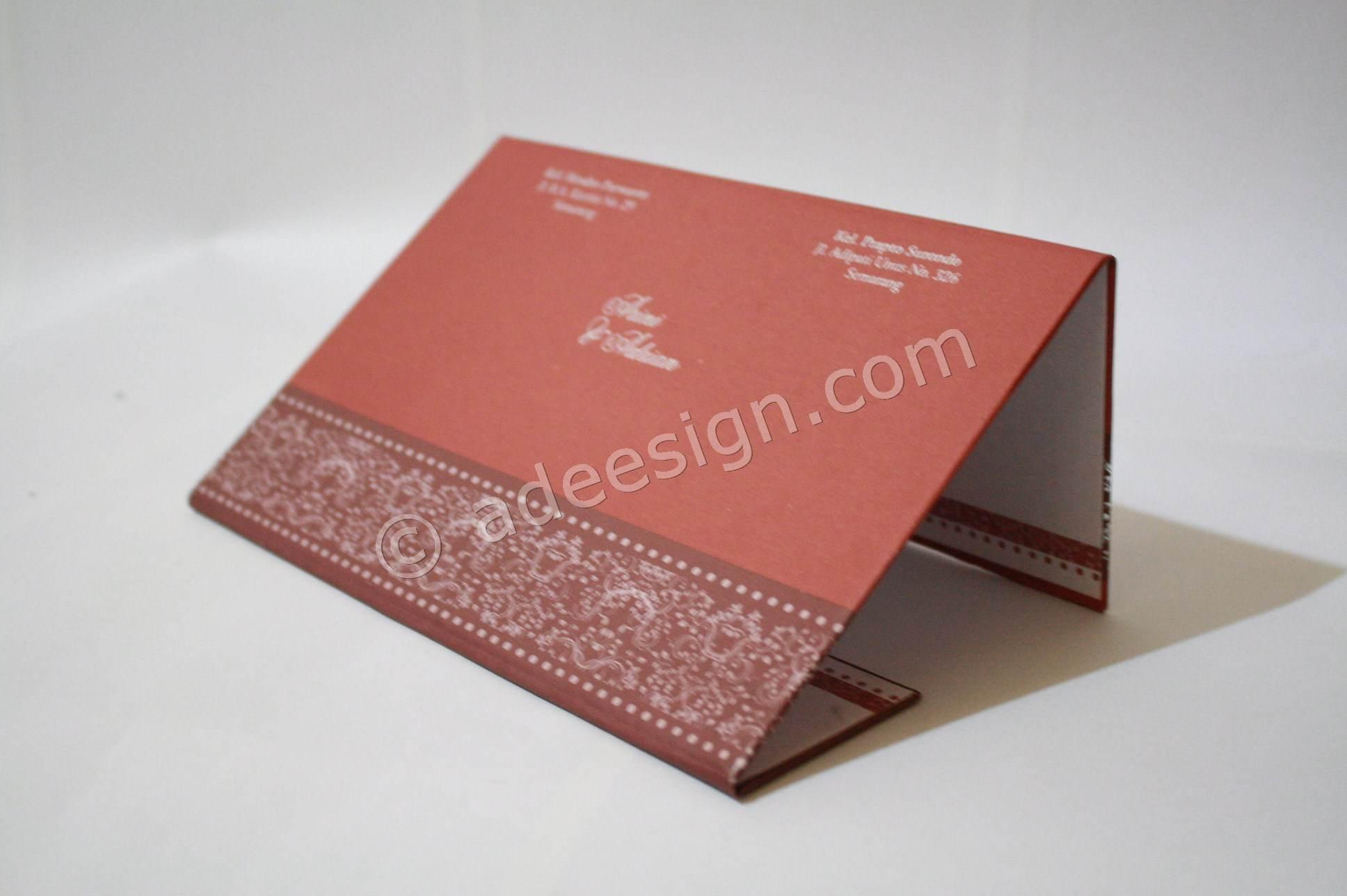 Spesifikasi kartu undangan pernikahan hardcover Arini dan Adrian