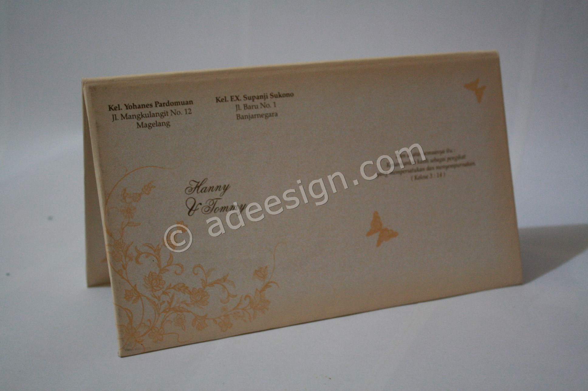 Kartu Undangan Pernikahan Hard Cover Hanny dan Tommy 4 - Membuat Wedding Invitations Unik dan Simple di Sawahan