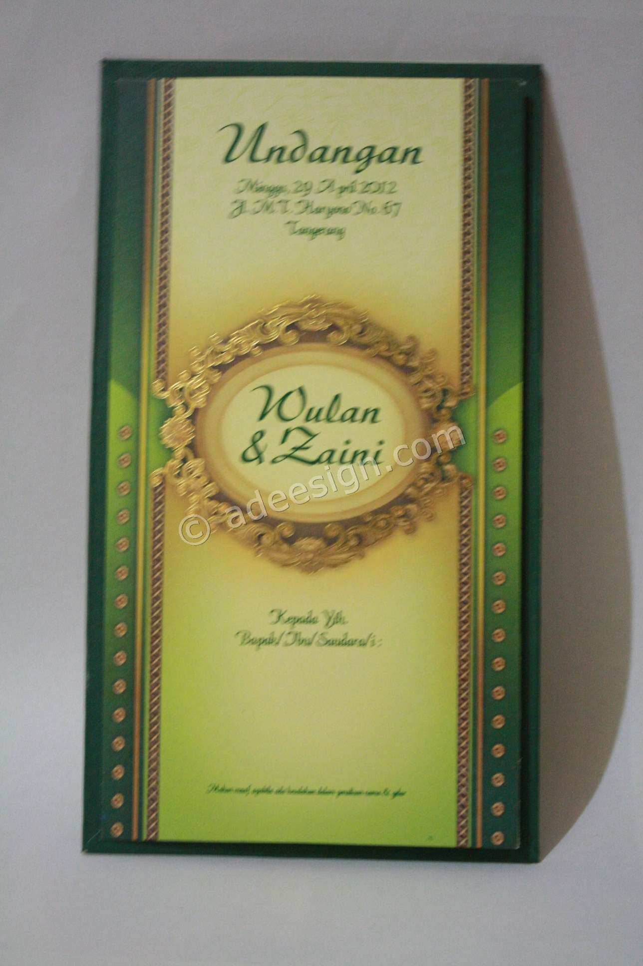 Kartu Undangan Pernikahan Semi Hard Cover Wulan dan Zaini 1 - Percetakan Wedding Invitations Simple dan Elegan di Putat Jaya