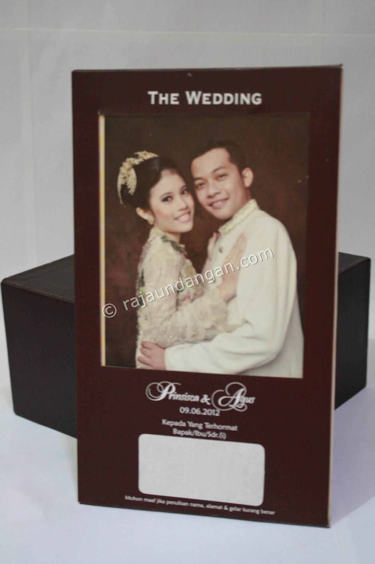 Undangan Pernikahan Hardcover Prinsisca dan Agus