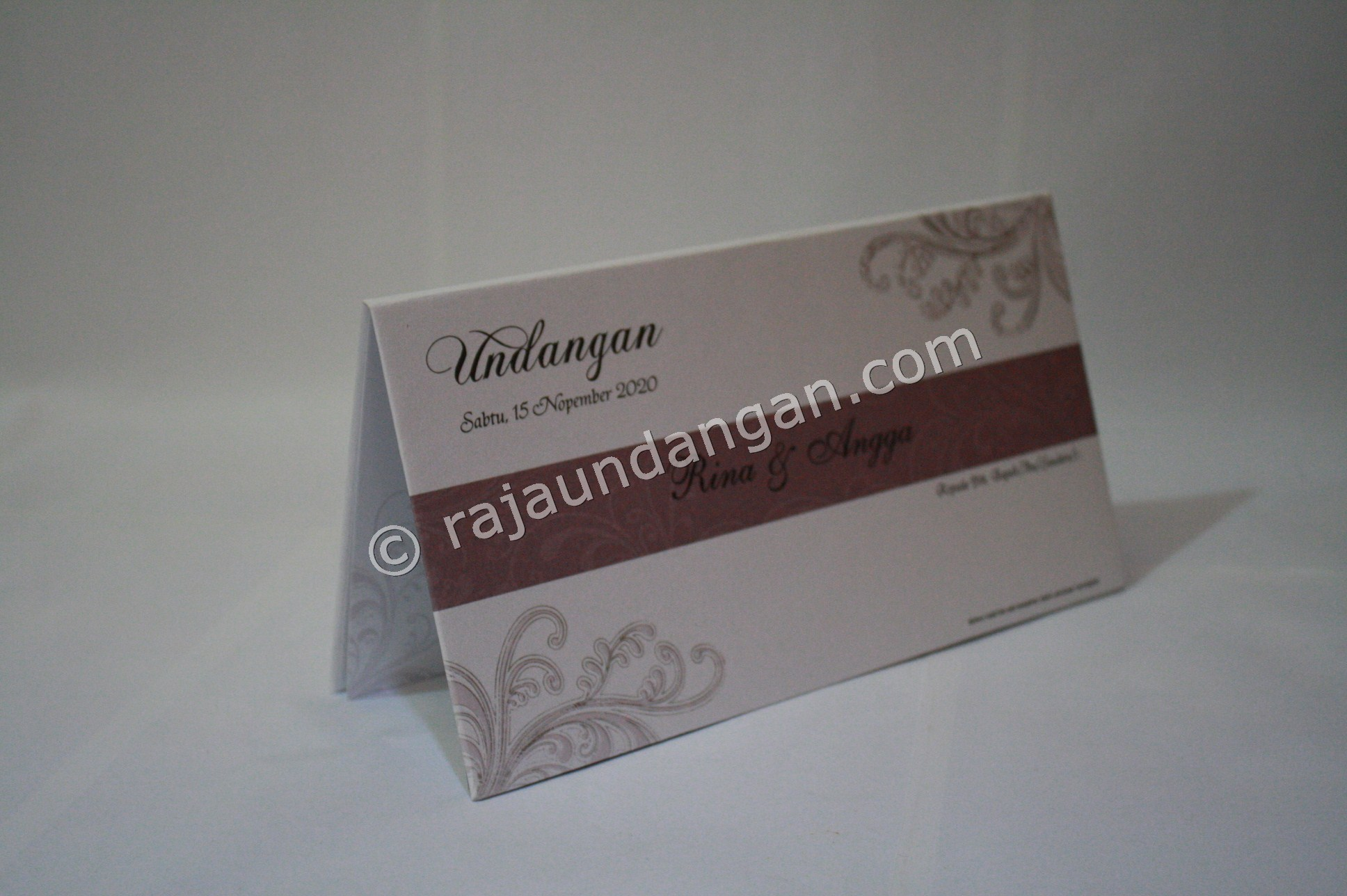 Undangan Pernikahan Hardcover Herman dan Rani 1 - Membuat Wedding Invitations Unik dan Simple di Sawahan
