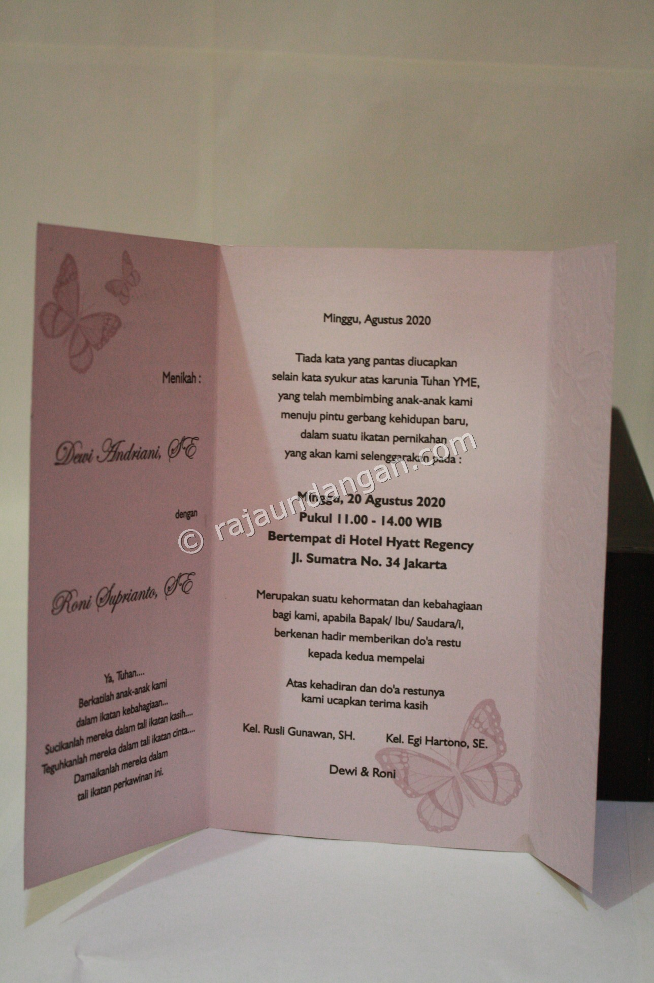 Cara Mengerjakan Wedding Invitations Eksklusif dan Elegan