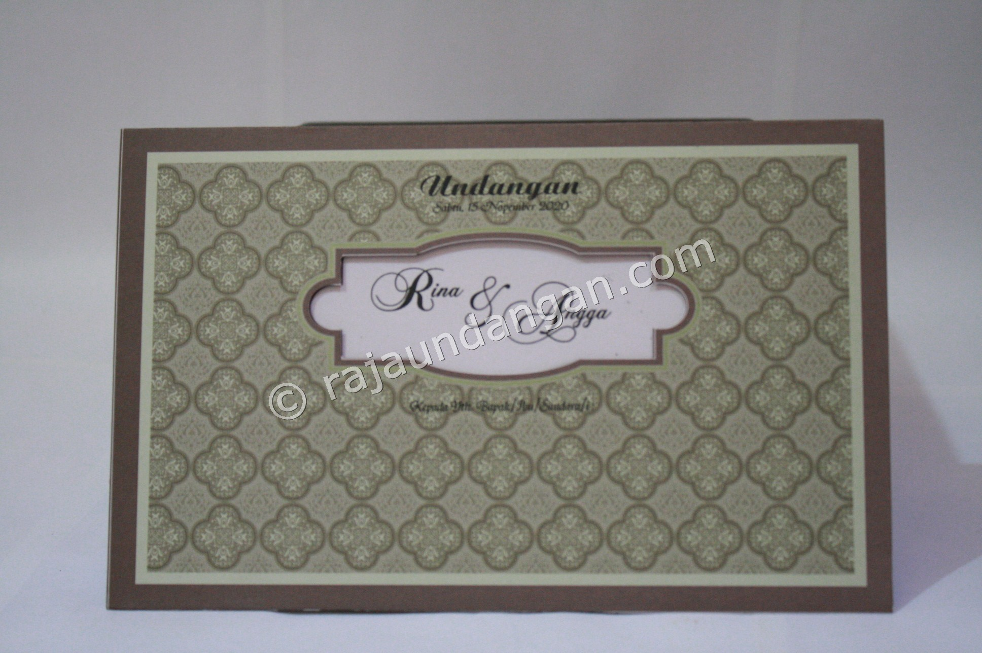 Undangan Pernikahan Softcover Lia dan Doni 1 - Pesan Wedding Invitations Simple di Ploso