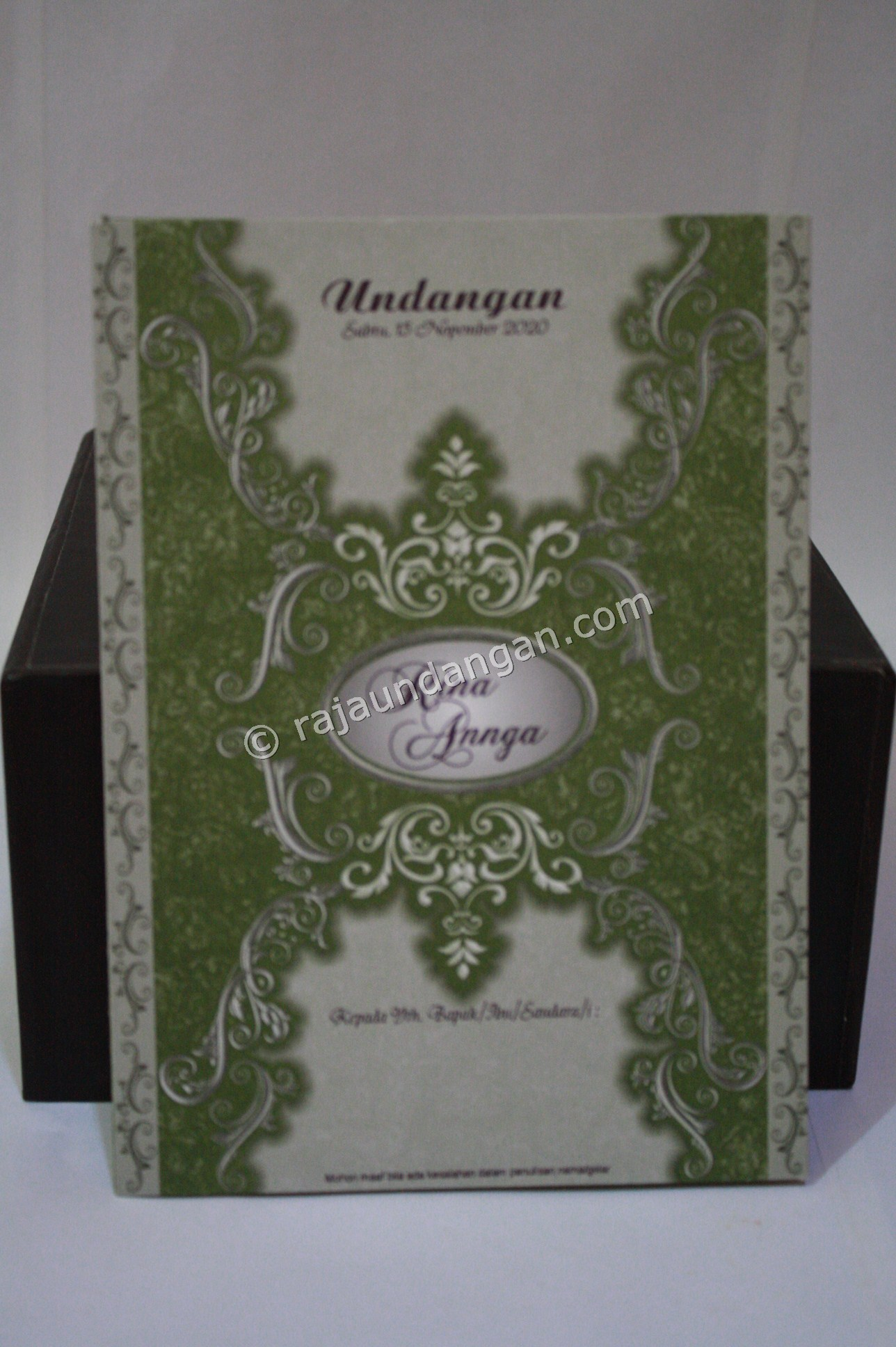 Undangan Pernikahan Softcover Rina dan Angga 1 - Membuat Wedding Invitations Unik dan Simple di Sawahan
