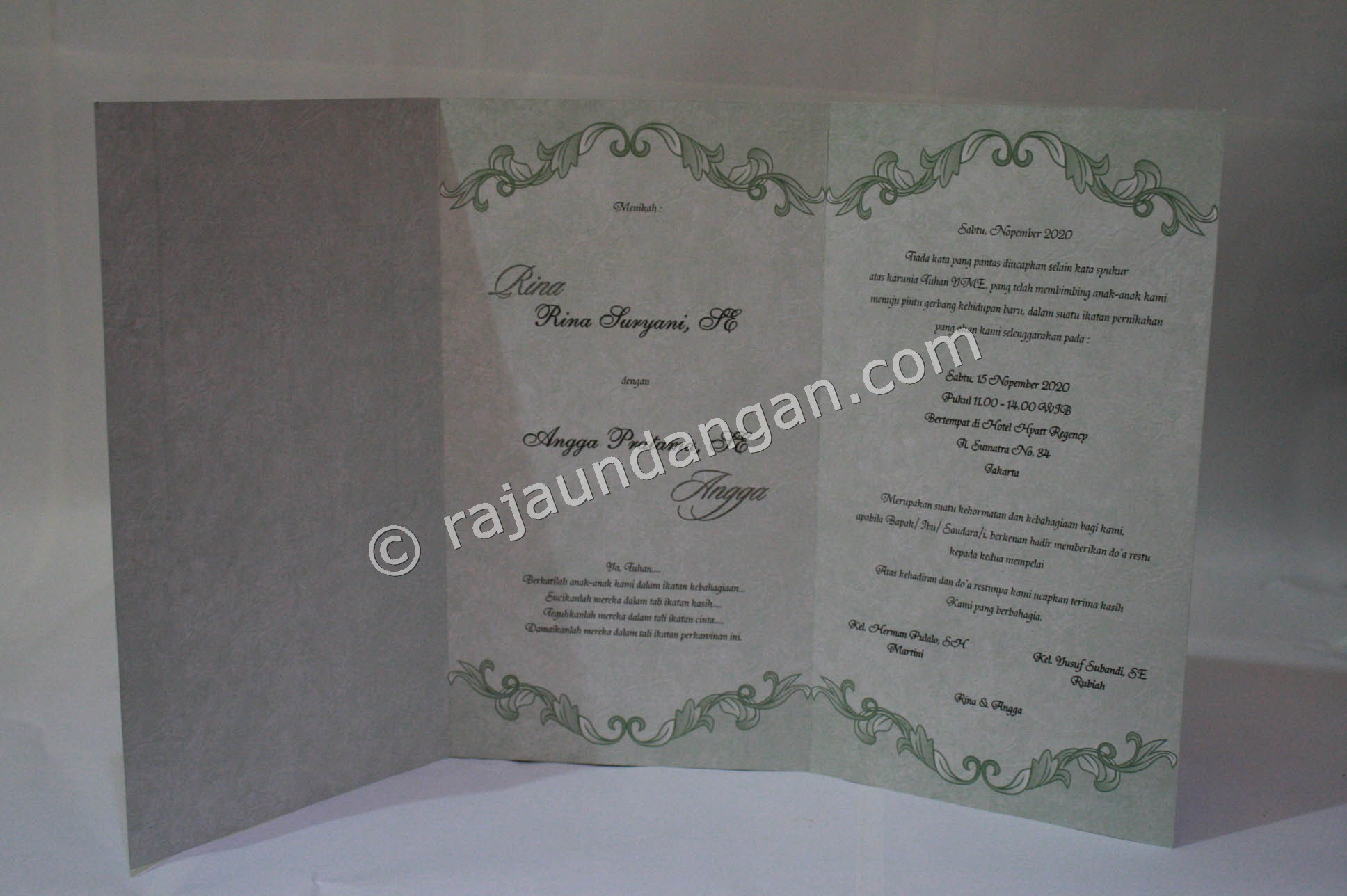 Undangan Pernikahan Softcover Tama dan Yani 2 - Membuat Wedding Invitations Unik dan Simple di Sawahan