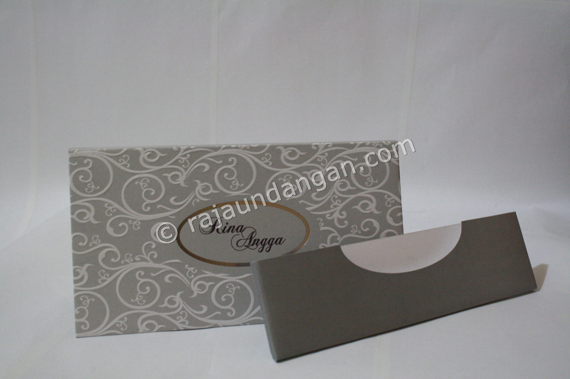 Contoh Kartu Undangan Pernikahan Hardcover ED 29 2 - Membuat Wedding Invitations Simple di Simokerto