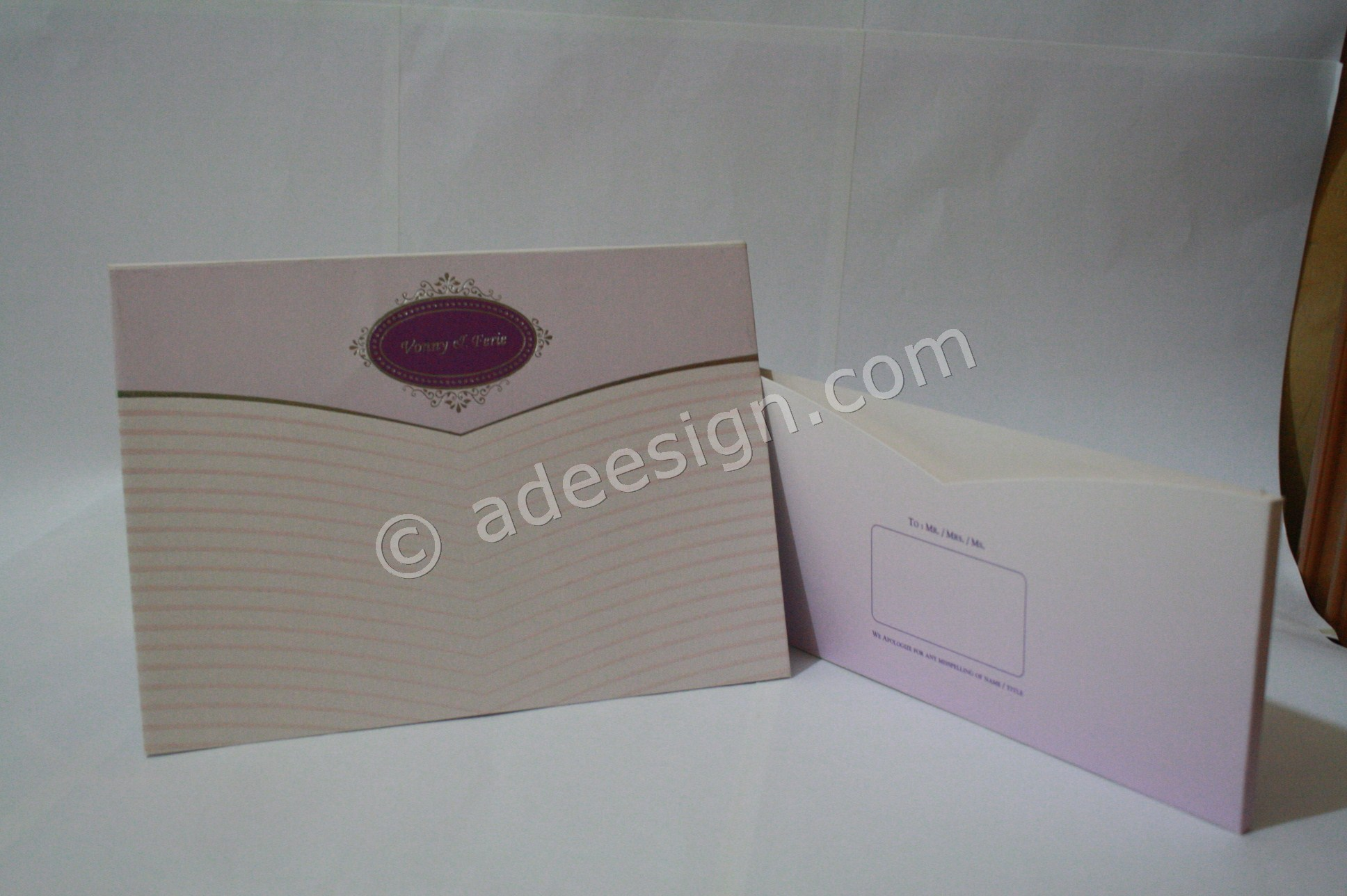 Membuat Wedding Invitations Unik di Wonorejo