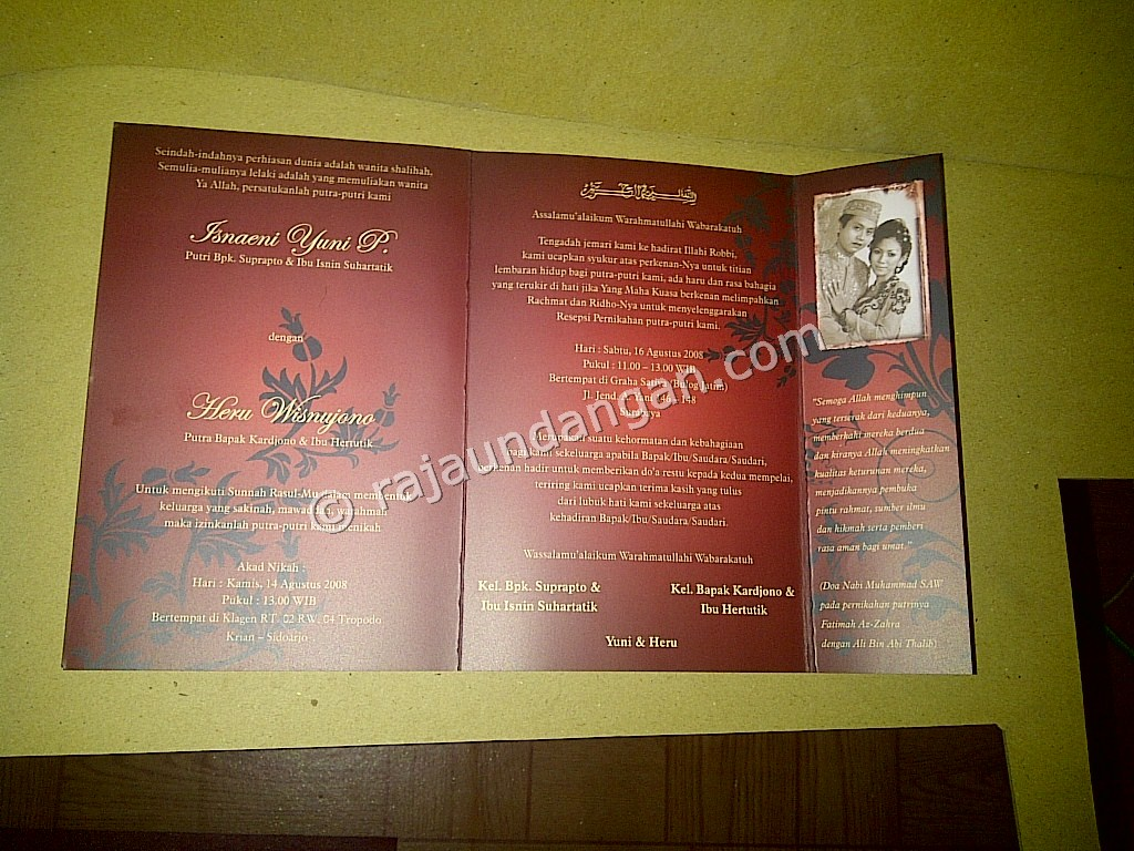 Undangan Softcover Yuni dan Heru 4 - Percetakan Wedding Invitations Unik dan Simple di Simomulyo
