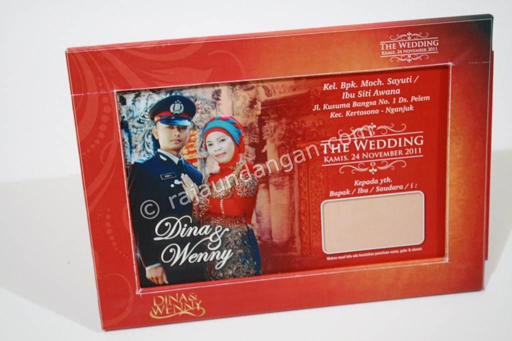 Undangan Pernikahan Model Frame Foto 1