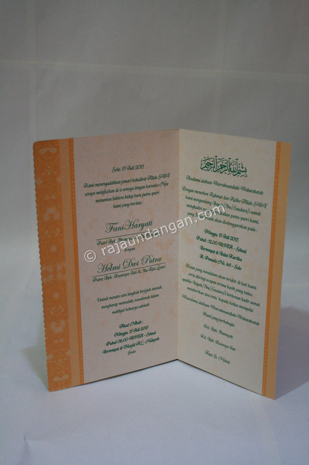 Undangan Pernikahan Softcover Fani dan Helmi 3 - Percetakan Wedding Invitations Unik dan Simple di Simomulyo