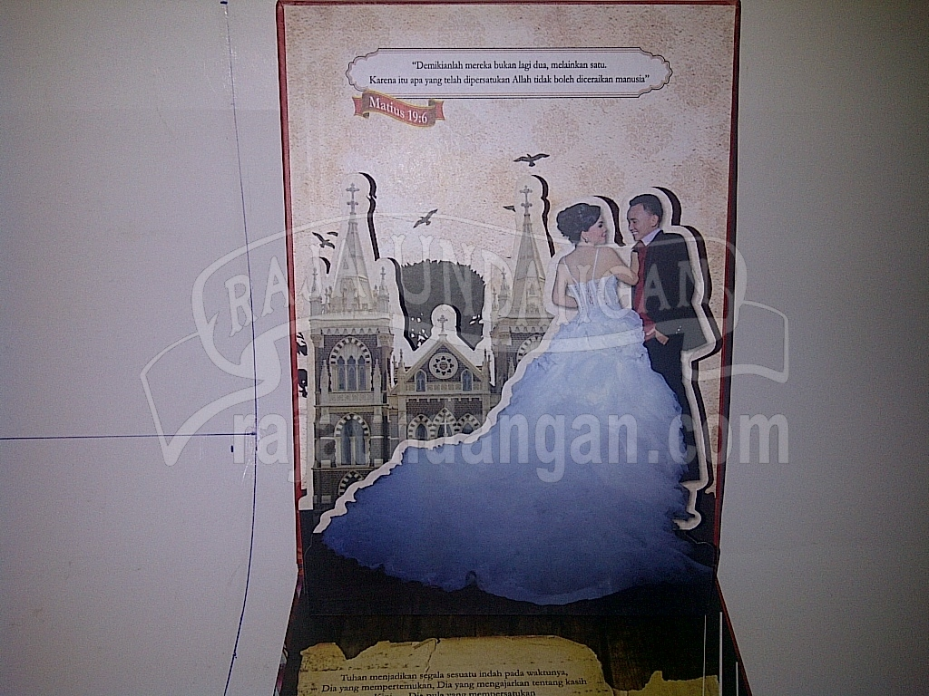 Undangan Pernikahan Hardcover Pop Up Multifungsi Randy dan Nhienhie 3 - Pesan Wedding Invitations Elegan di Tembok Dukuh