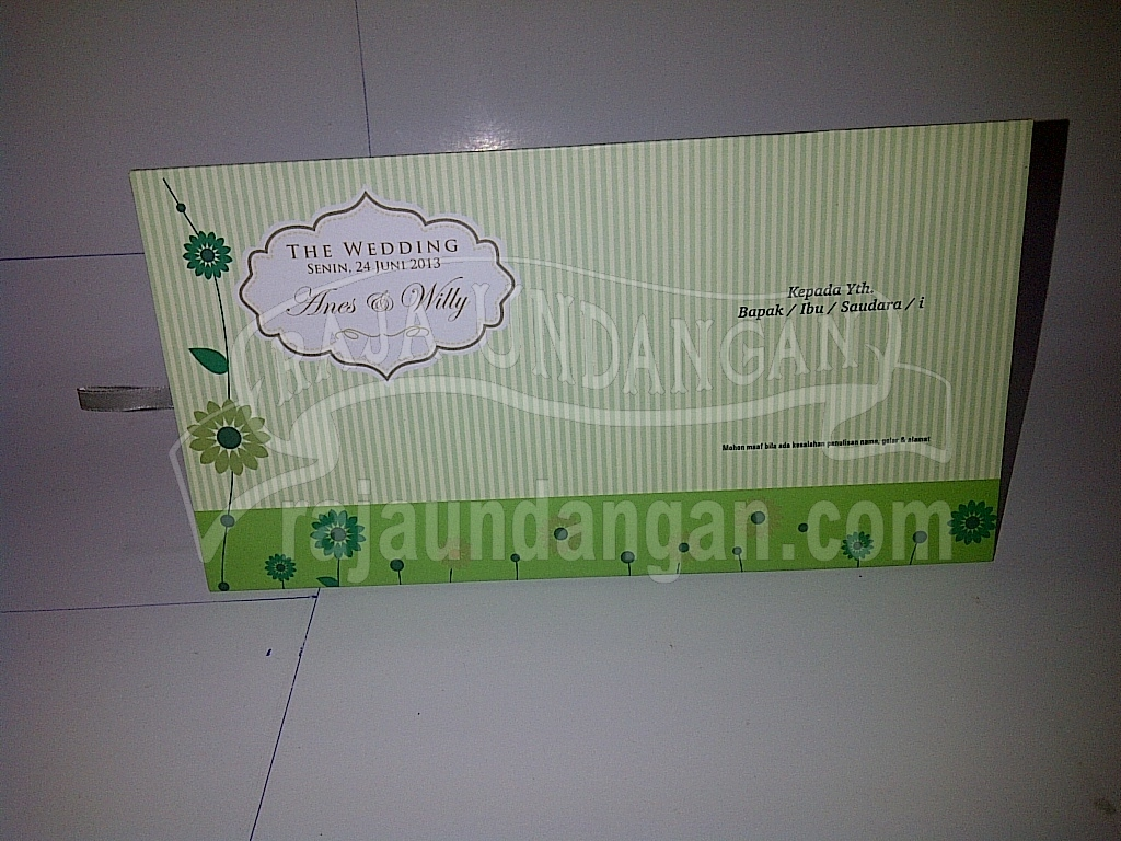 Undangan Pernikahan Islami Hardcover Anes dan Willy - Cetak Wedding Invitations Online di Darmo