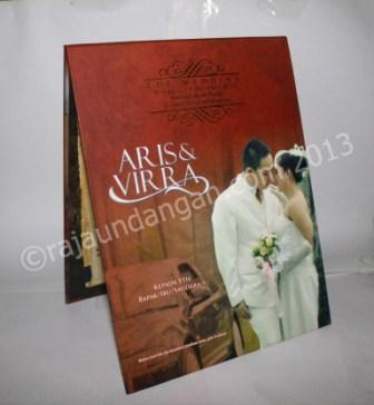 Undangan Pernikahan Pop Up Hardcover Aris dan Virra2 - Percetakan Wedding Invitations Elegan di Pakal