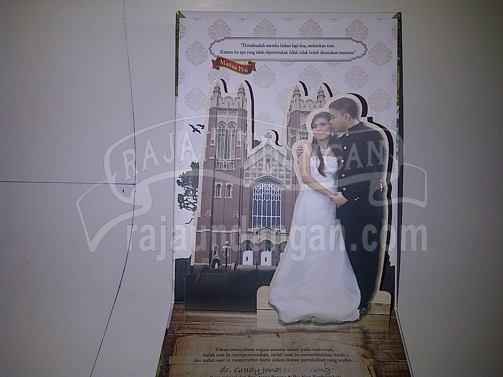Undangan Pernikahan Pop Up Hardcover Grady Meilan 3 - Pesan Wedding Invitations Eksklusif di Tambak Osowilangun