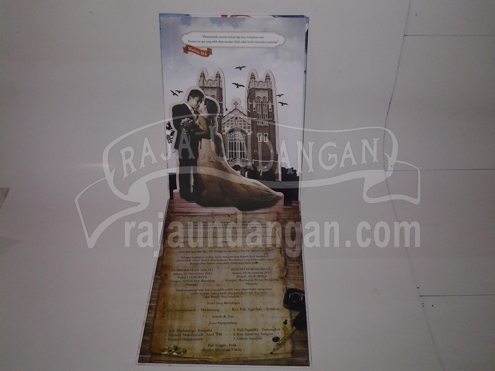 Undangan Pernikahan Hardcover Pop Up Grein dan Sisi 3 - Membuat Wedding Invitations Unik dan Murah di Kedungdoro