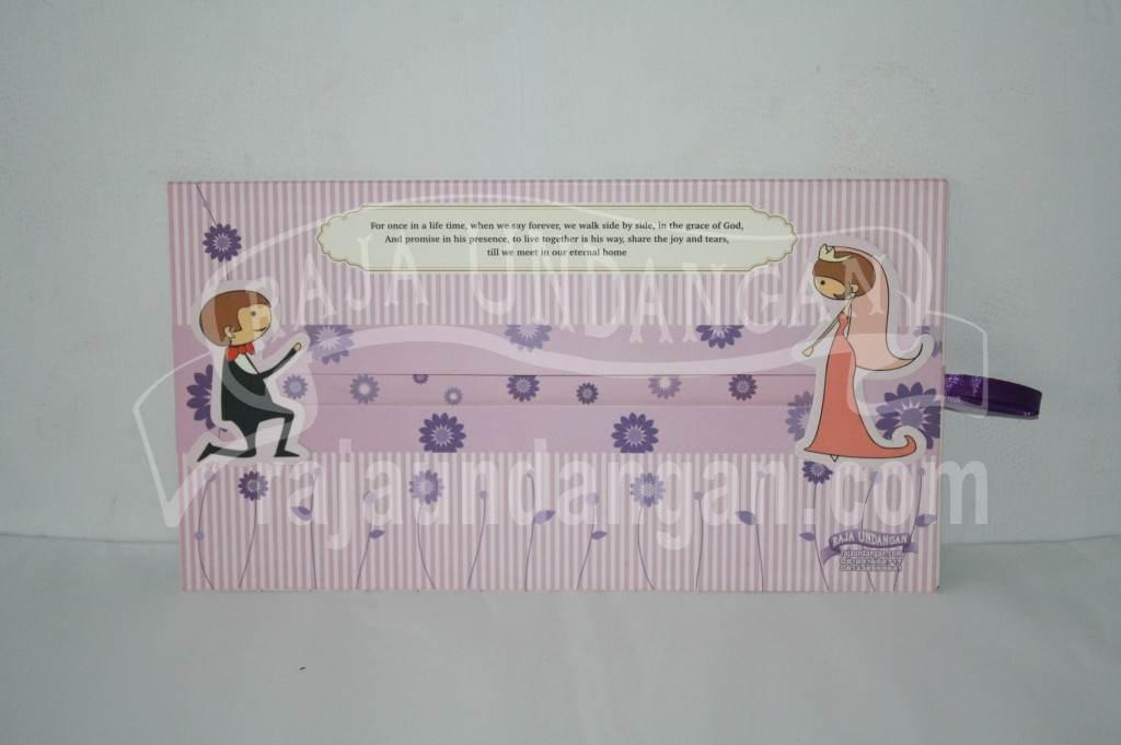 Undangan Pernikahan Hardcover Motif Kartun Geser Rika dan Erik (EDC 37)