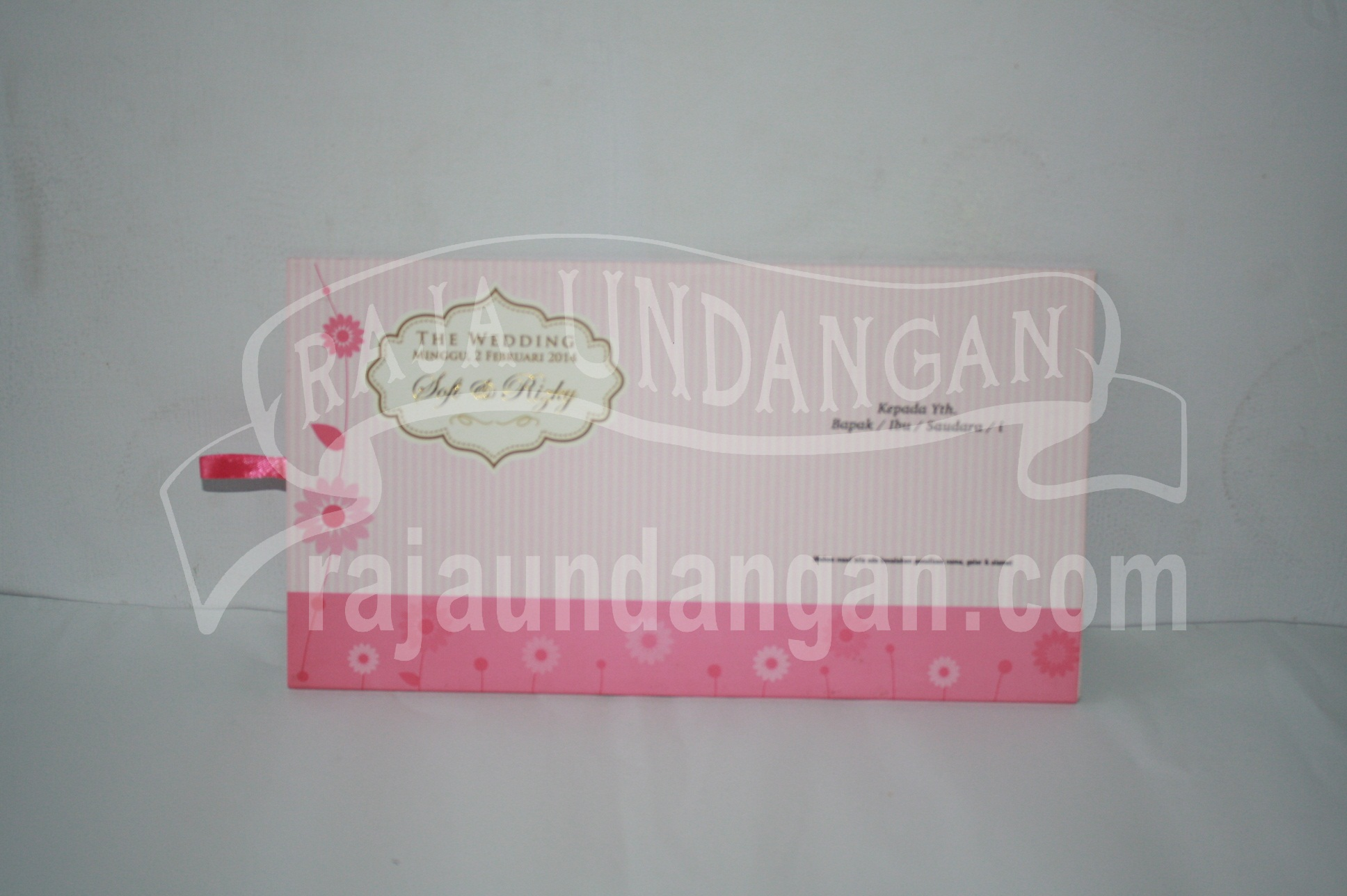 Pesan Wedding Invitations Unik dan Simple di Sawunggaling