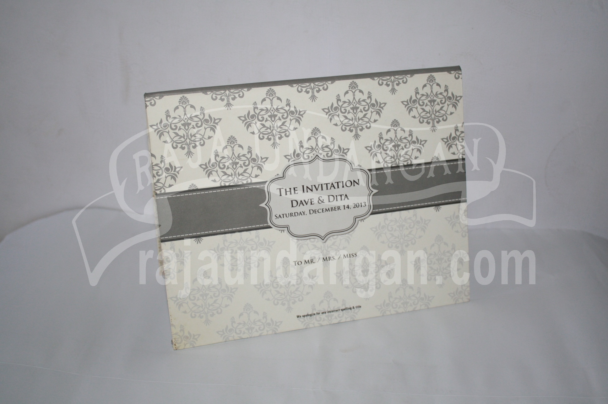 Undangan Pernikahan Hardcover Pop Up Dave dan Dita EDC 391 - Percetakan Wedding Invitations Eksklusif di Dukuh Setro