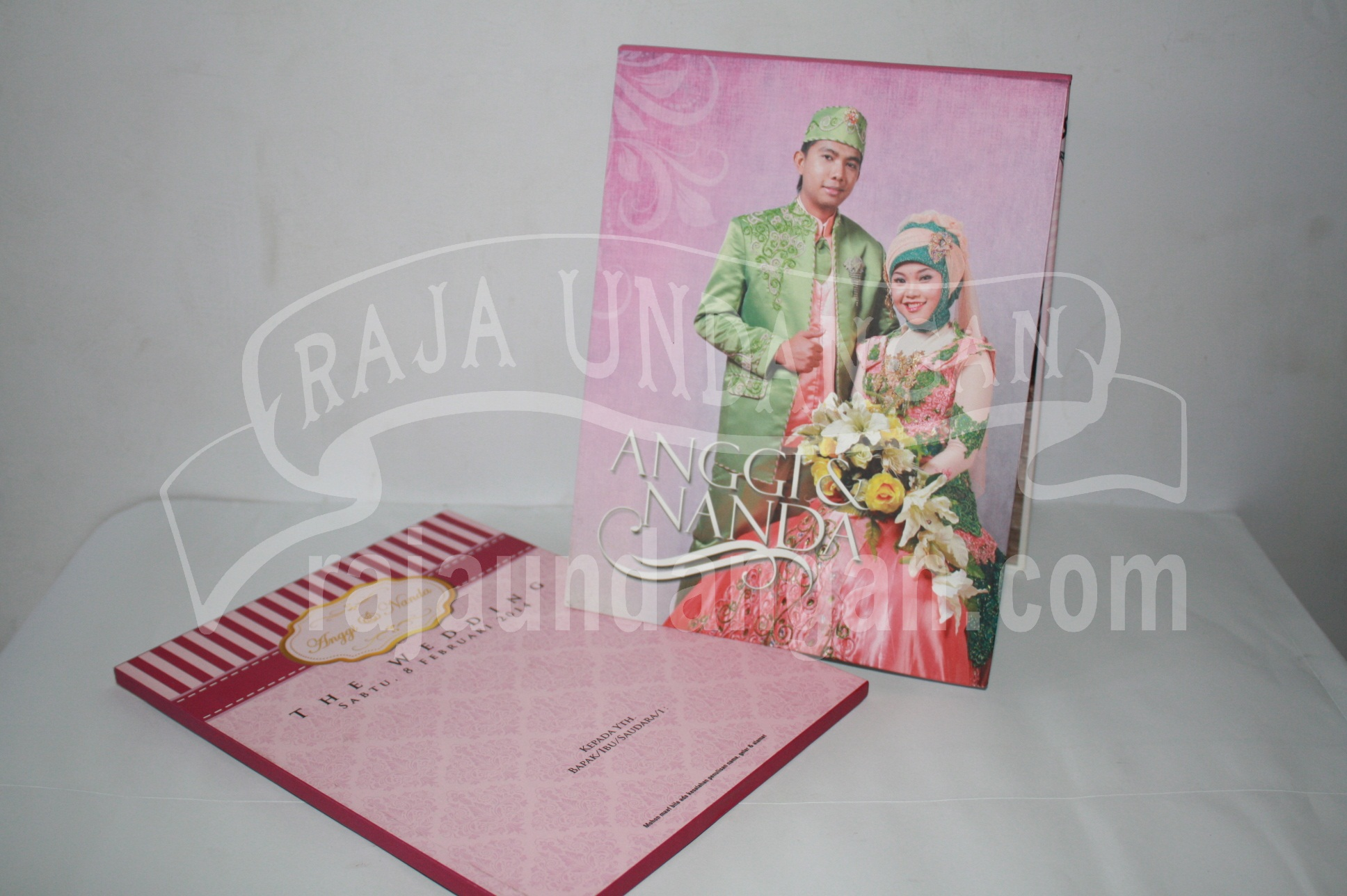 Undangan Pernikahan Hardcover Pop Up Pakai Amplop Anggi dan Nanda EDC 521 - Percetakan Wedding Invitations Eksklusif di Dukuh Setro