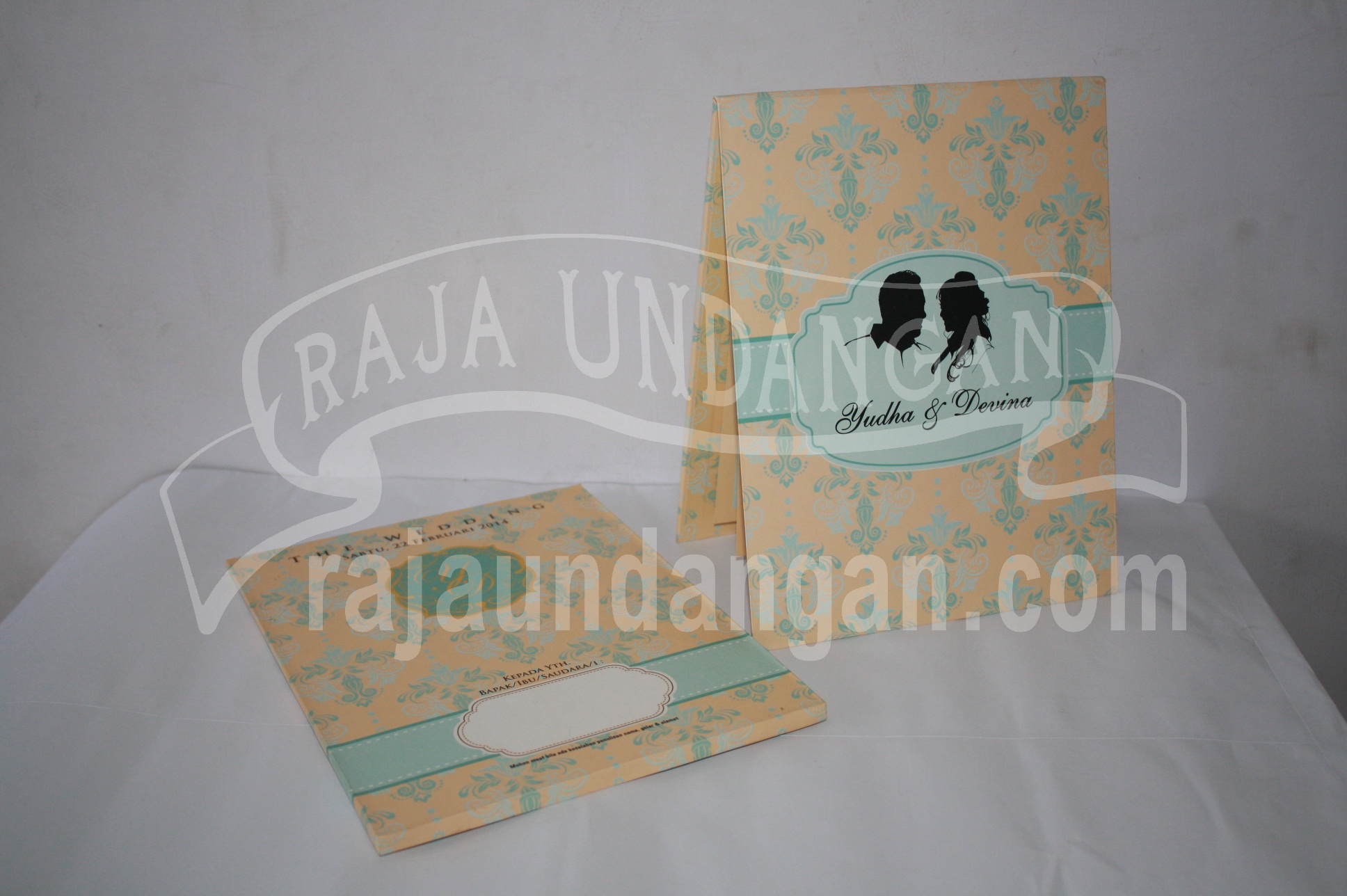 Undangan Pernikahan Hardcover Pop Up Pakai Amplop Yudha dan Devina EDC 47 - Pesan Wedding Invitations Simple di Jambangan Karah