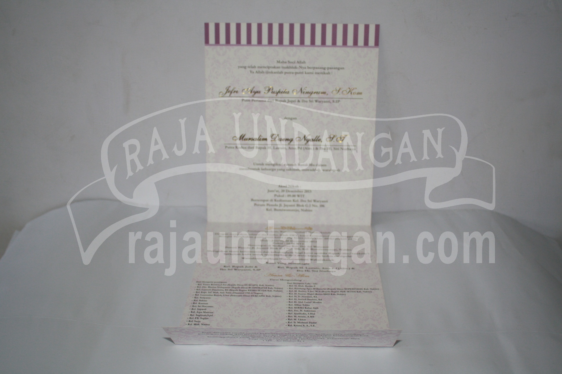 Membuat Wedding Invitations Unik dan Murah di Morokrembangan