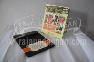 Undangan Pernikahan Hardcover Pop Up 3D Pakai Amplop Awie dan Intan (EDC 66)