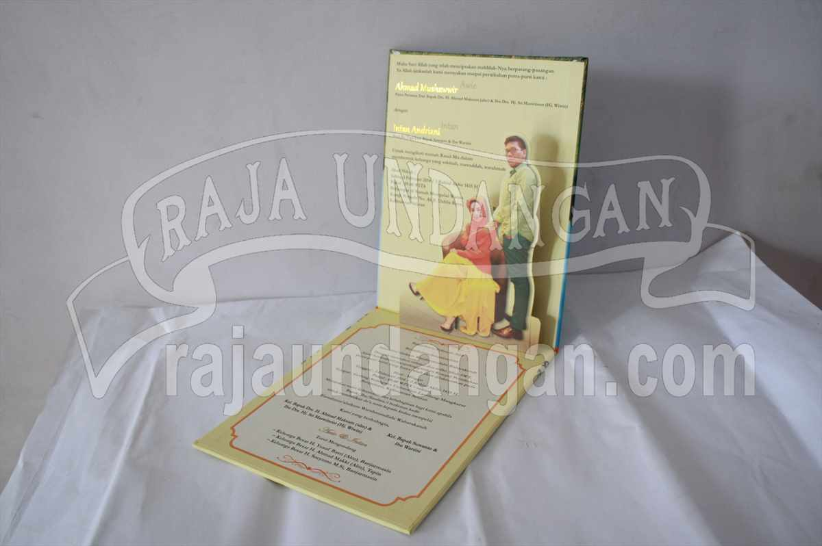 Hardcover Pop Up Awie Intan 5 - Percetakan Wedding Invitations Simple dan Elegan di Putat Jaya