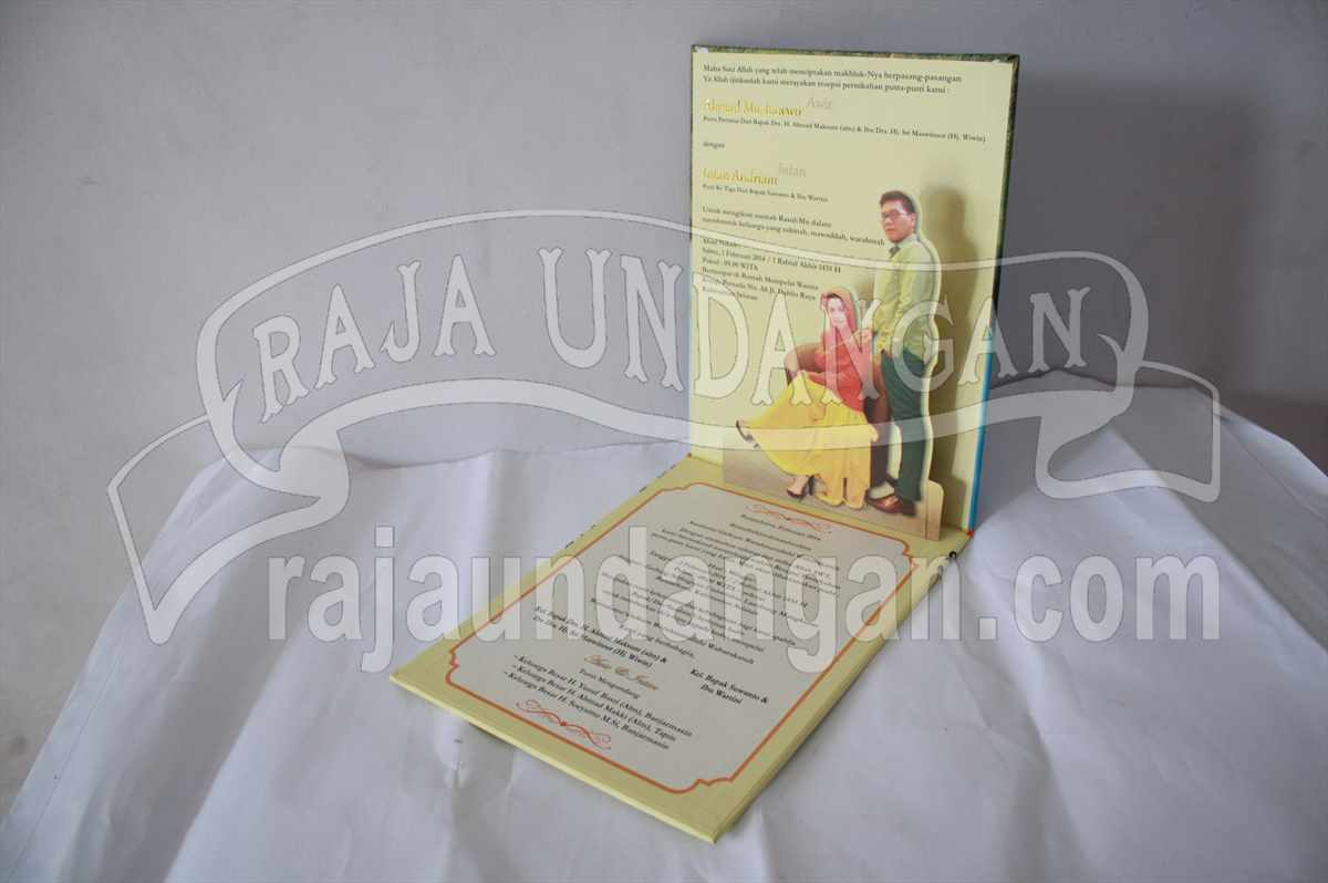 Hardcover Pop Up Awie Intan 6 - Pesan Wedding Invitations Eksklusif dan Elegan di Simomulyo Baru