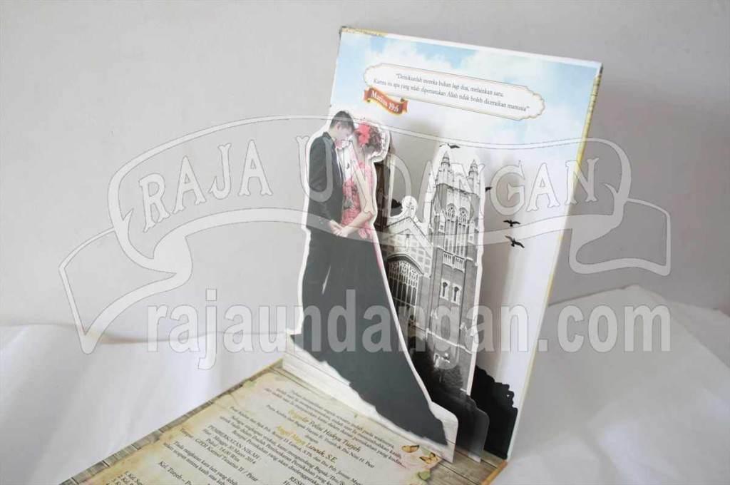 Undangan Pernikahan Hardcover Pop Up 3D Kia dan Maya (EDC 67)