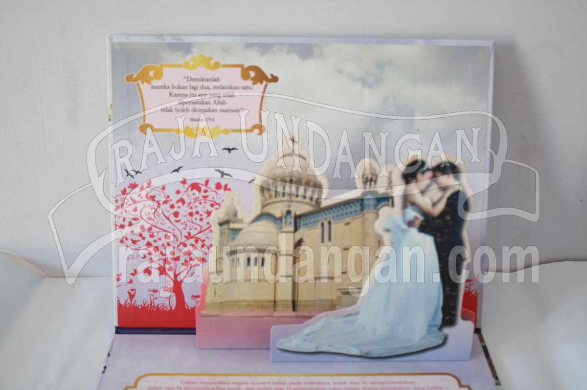Hardcover Pop Up Paul Melisa 4 - Membuat Undangan Perkawinan Unik dan Simple di Sukomanunggal