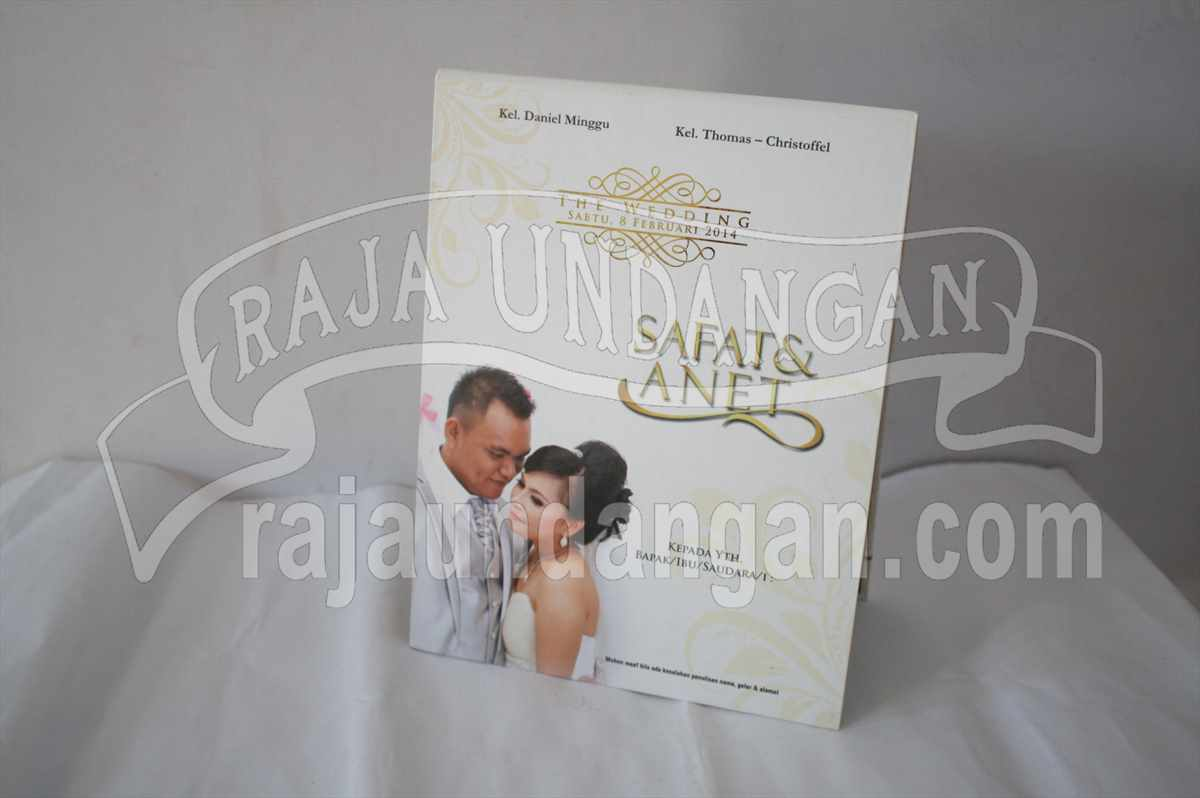 Hardcover Pop Up Safat Anet 1 - Pesan Wedding Invitations Simple di Jambangan Karah