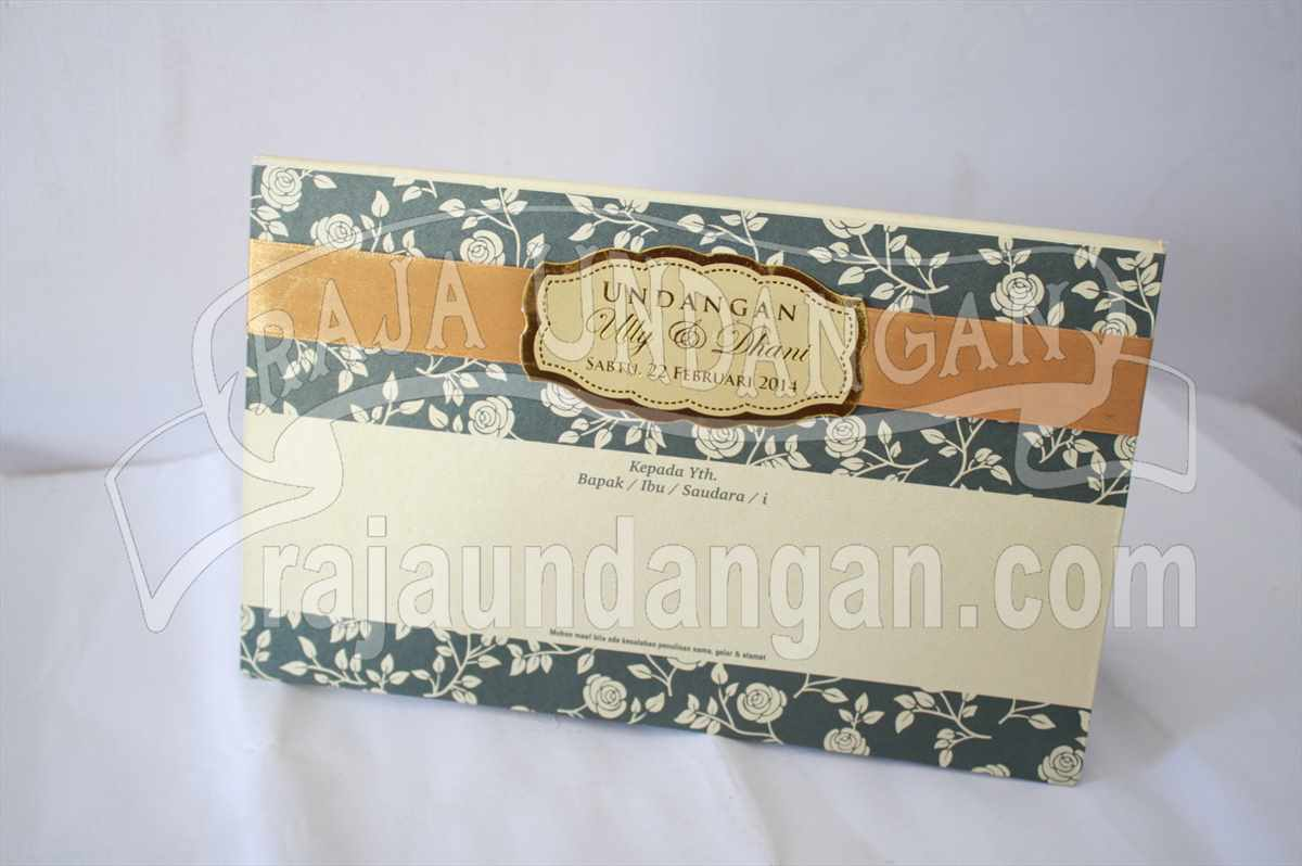 Hardcover Ully Dhani 1 - Tutorial Mengerjakan Wedding Invitations Simple dan Elegan