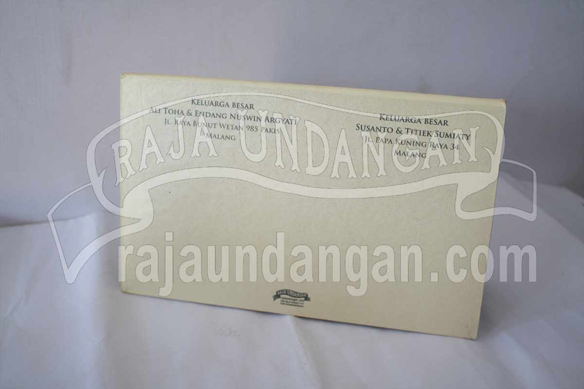 Hardcover Ully Dhani 2 - Percetakan Wedding Invitations Eksklusif di Dukuh Setro