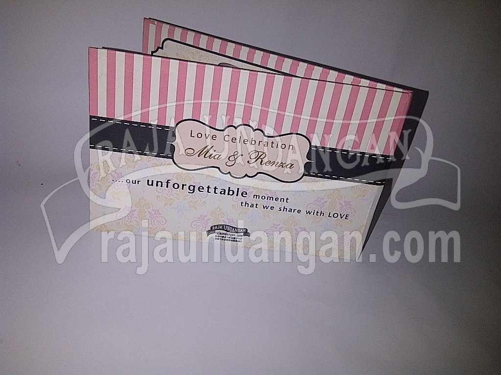 IMG 20140512 00149 - Tutorial Mengerjakan Wedding Invitations Simple dan Elegan