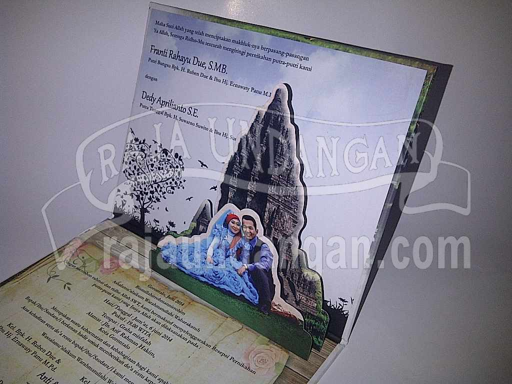 Undangan Pernikahan Hardcover Pop Up 3D Anti dan Dedy (EDC 77)