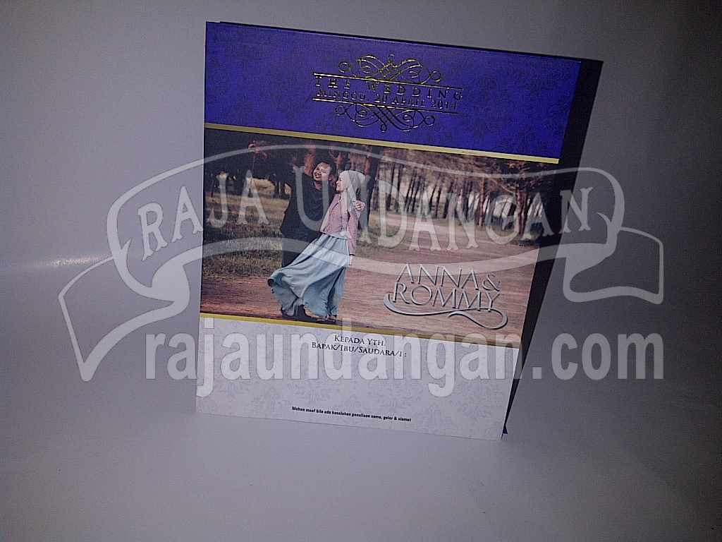 Membuat Wedding Invitations Eksklusif dan Elegan di Sidotopo Wetan