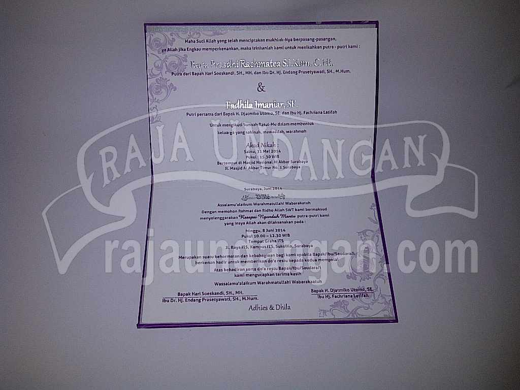 Undangan Hardcover Eksklusive Adhis Dhila 3 - Membuat Wedding Invitations Simple di Dr. Sutomo