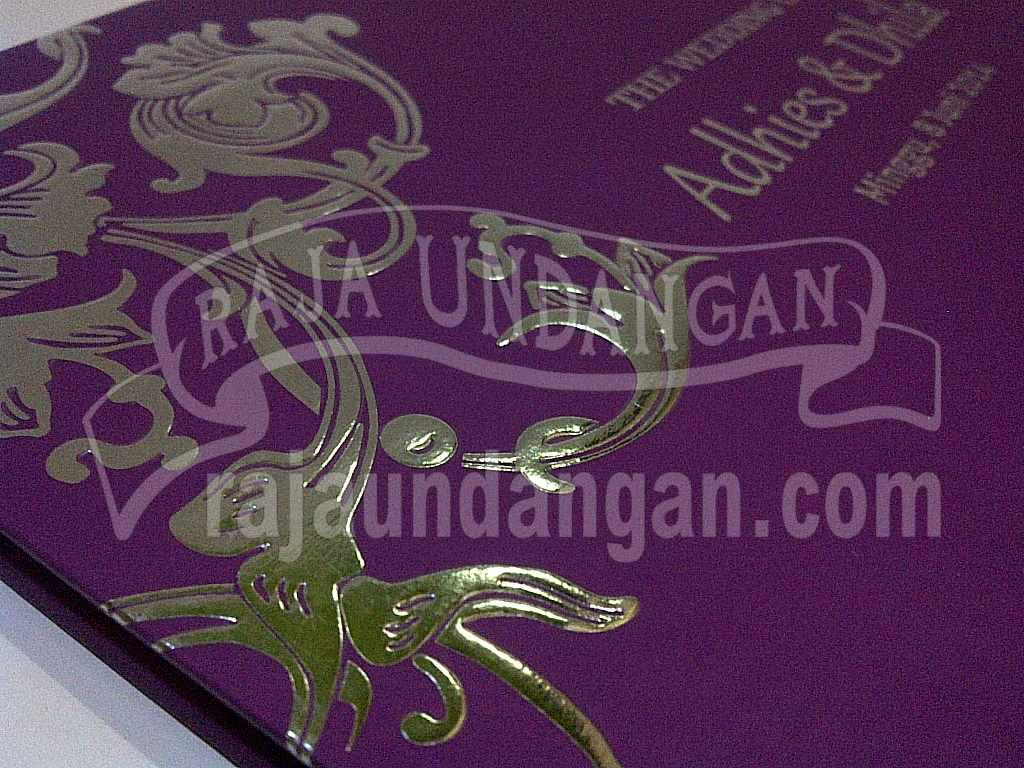 Undangan Hardcover Eksklusive Adhis Dhila 6 - Percetakan Wedding Invitations Unik dan Simple di Dukuh Sutorejo