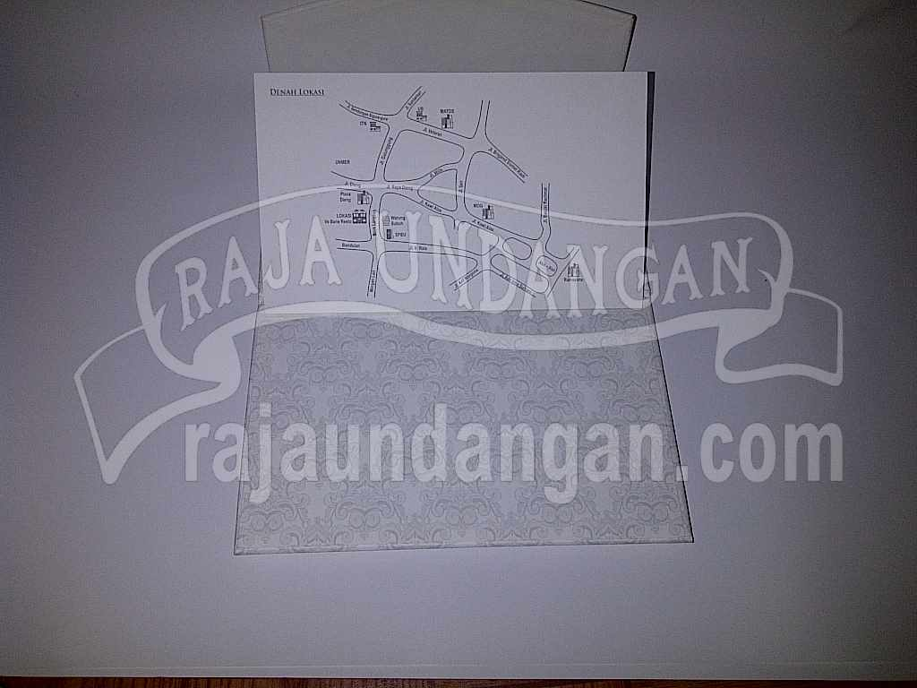 Undangan Hardcover Eksklusive Nike Ari 8 - Membuat Wedding Invitations Unik dan Murah di Kedungdoro
