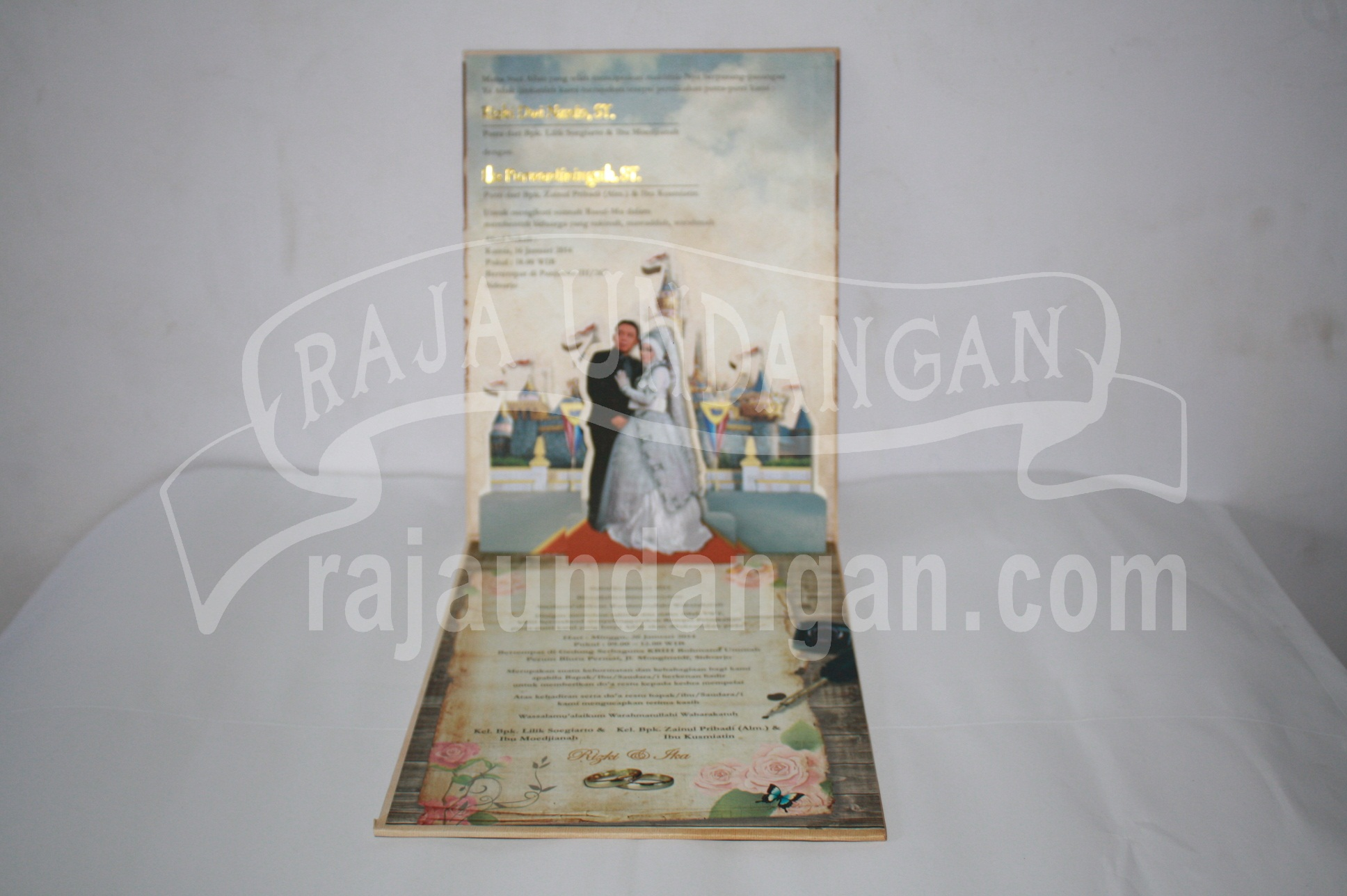 Undangan Hardcover Ika dan Rizki 3 - Pesan Wedding Invitations Simple di Ploso