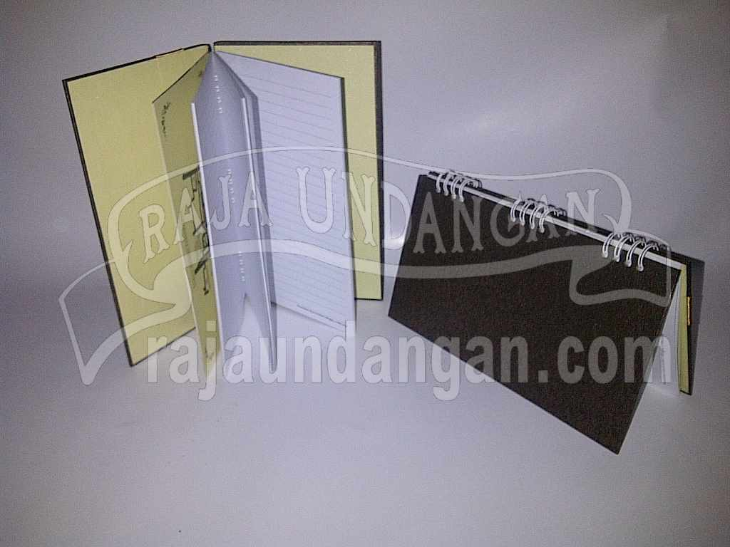Undangan Notes Risa Arfian 4 - Membuat Wedding Invitations Unik dan Simple di Sawahan