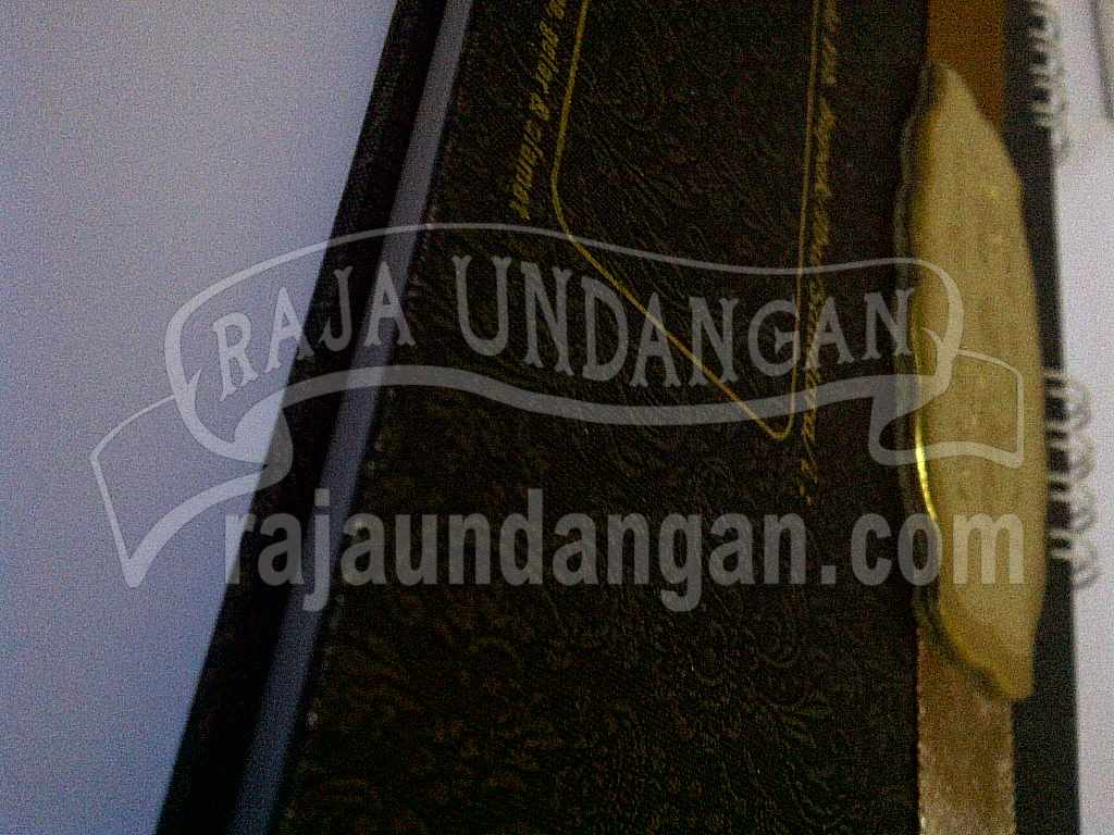 Undangan Notes Risa Arfian 6 - Tutorial Mengerjakan Wedding Invitations Simple dan Elegan