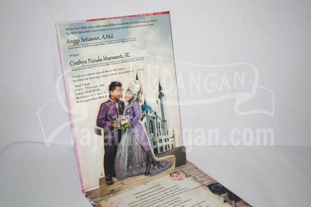 Undangan Pernikahan Hardcover Pop Up Pakai Amplop Anggi dan Nanda (EDC 88)