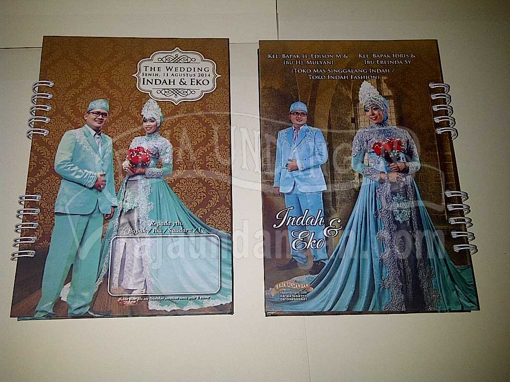Membuat Wedding Invitations Online di Benowo