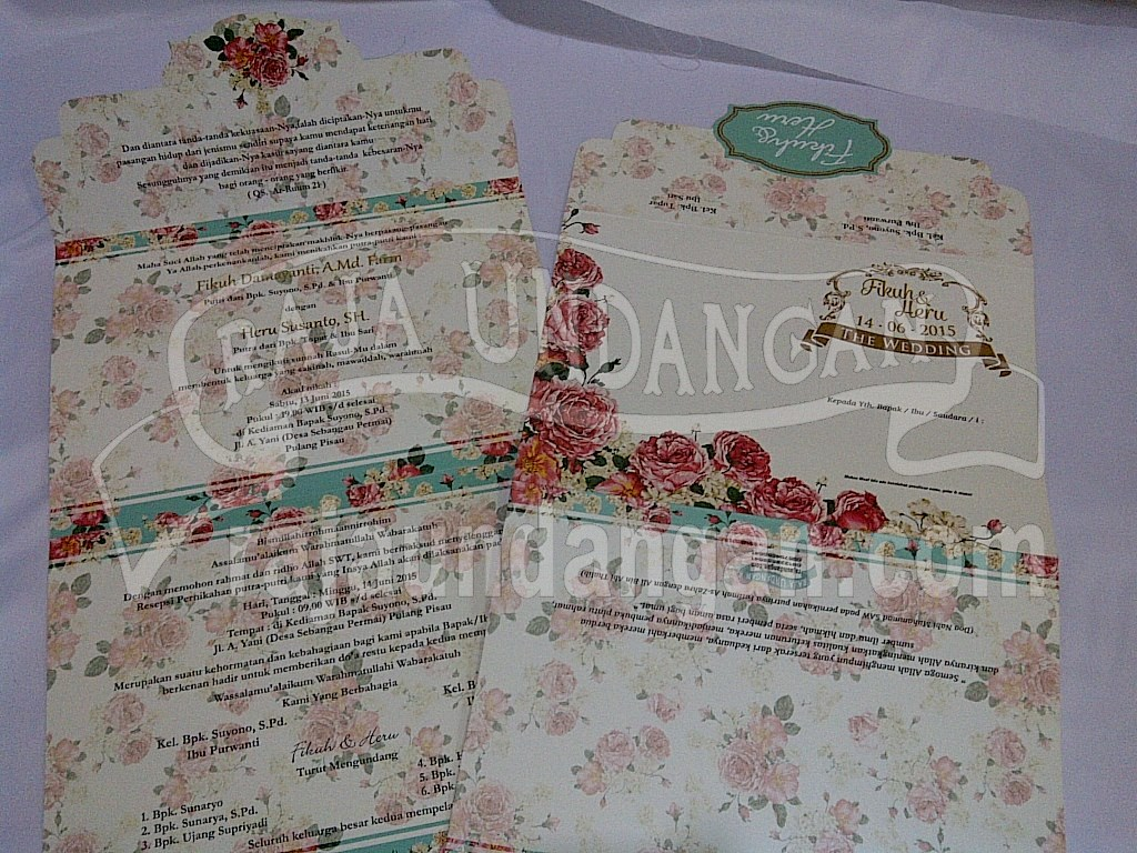 IMG 20150808 00930 - Percetakan Wedding Invitations Simple dan Elegan di Sawunggaling