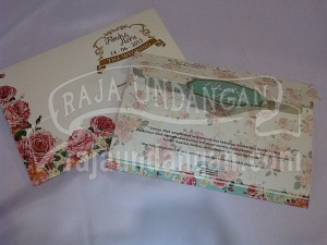 Undangan Softcover Vintage Fikuh & Heru 1