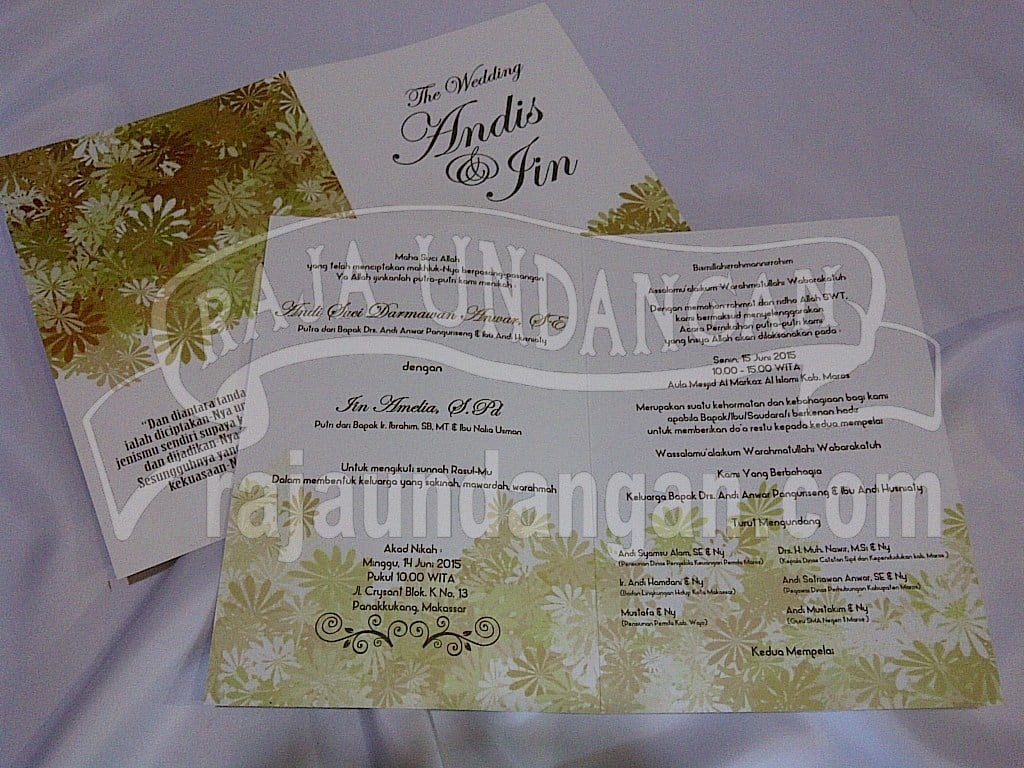 IMG 20150808 00954 - Percetakan Wedding Invitations Simple dan Elegan di Sawunggaling
