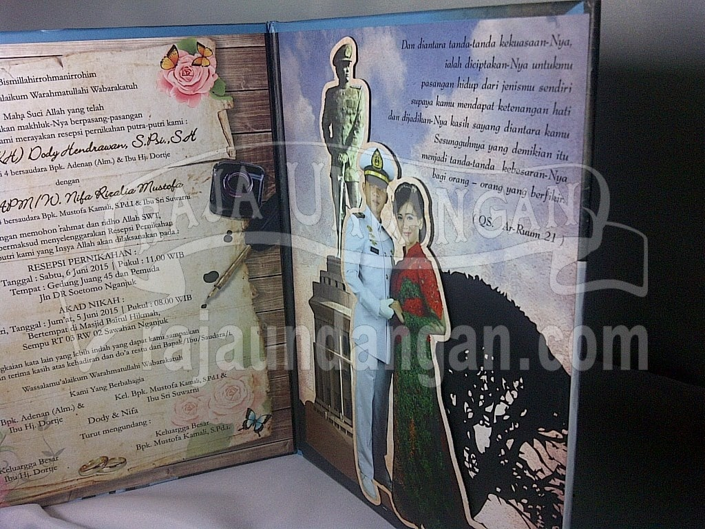 IMG 20150808 00987 - Percetakan Wedding Invitations Simple dan Elegan di Sawunggaling