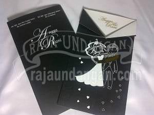 Undangan Softcover Model Jas Angga dan Rani (EDC 102) Cover