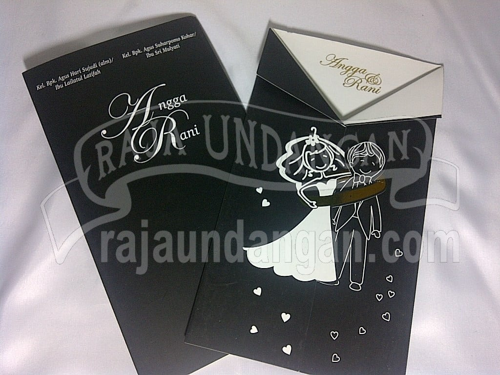 IMG 20150808 01020 - Percetakan Wedding Invitations Simple dan Elegan di Sawunggaling